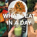 WHAT I EAT IN A DAY + TRADER JOES HAUL (simple + healthy recipes)
