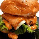 Chicken burger recipe||spicy crispy chicken burger recipe||Homemade chicken burger recipe