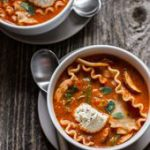 Vegetable Lasagna Soup [with easy vegan option] | edibleperspective… #glutenfr…