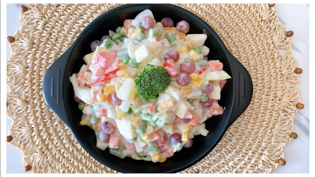 10 Minutes Recipe   Quick & Easy Salad Recipe   Most Popular Russian Salad Recipe   راشین سلاد