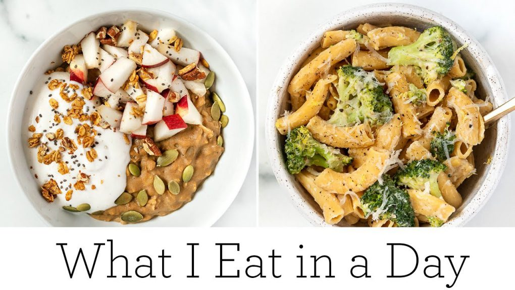 WHAT I EAT IN A DAY ‣‣ healthy & vegan fall recipes