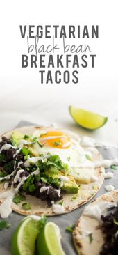 Vegetarian Black Bean Breakfast Tacos | These vegetarian tacos feature delicious…