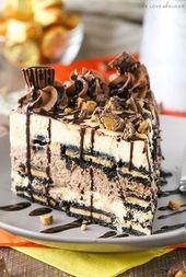 Reeses Peanut Butter Chocolate Icebox Cake – an awesome no bake dessert! Layers …
