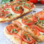 Caprese Garlic Bread | 28 Vegetarian Take-Out Recipes You Can Make In 30 Minutes…