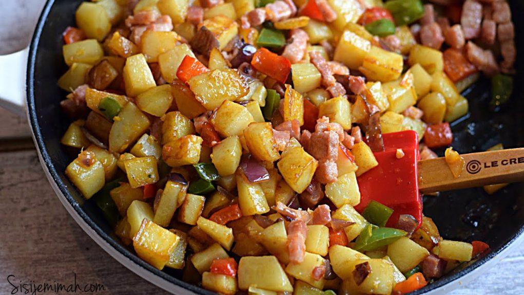 Delicious Breakfast Potatoes | Skillet Potatoes