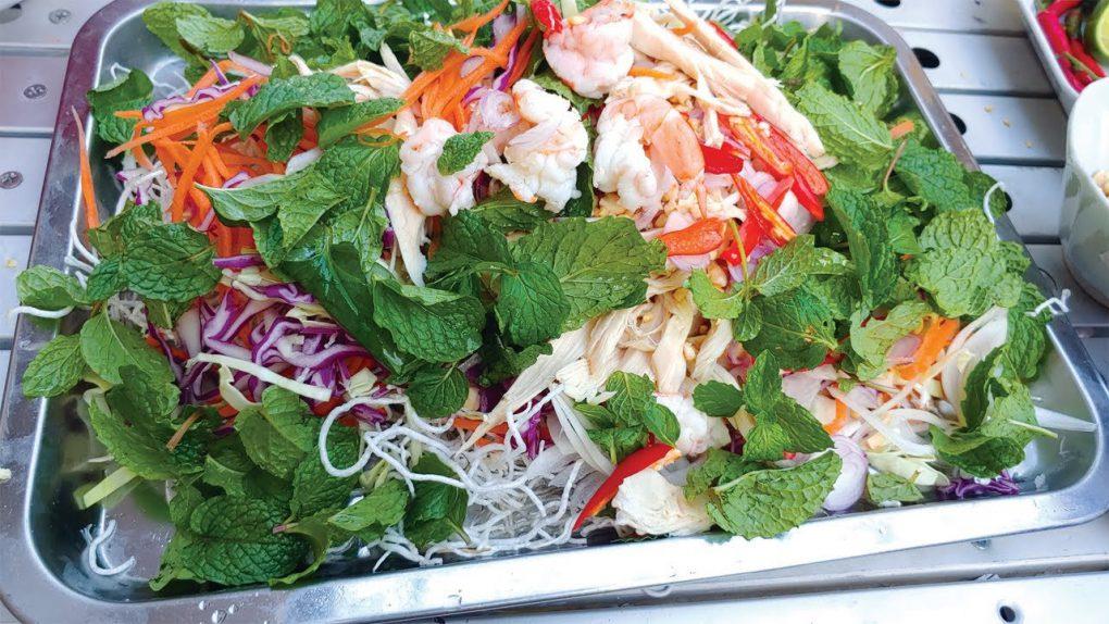 Cambodia Food – Chicken Salad Recipe – Chicken Salad with Cambodia Noodle