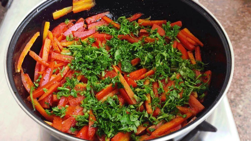 Fried Carrot Salad: Vegetable Salad Recipe |  फ्राइड गाजर वेजिटेबल सलाद रेसिपी #Shorts