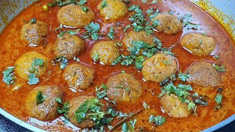 Chicken kofta curry recipe l Chicken Meatballs recipe restaurant style