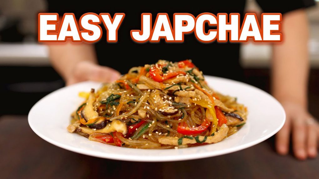 15 Minute Easy Japchae Recipe (Korean Glass Noodles)