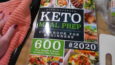 Delicious Chicken Recipes from a new Keto cookbook // Midweek Check-In// Week #13