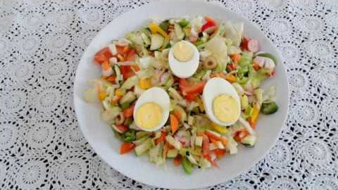 Main-dish Salad