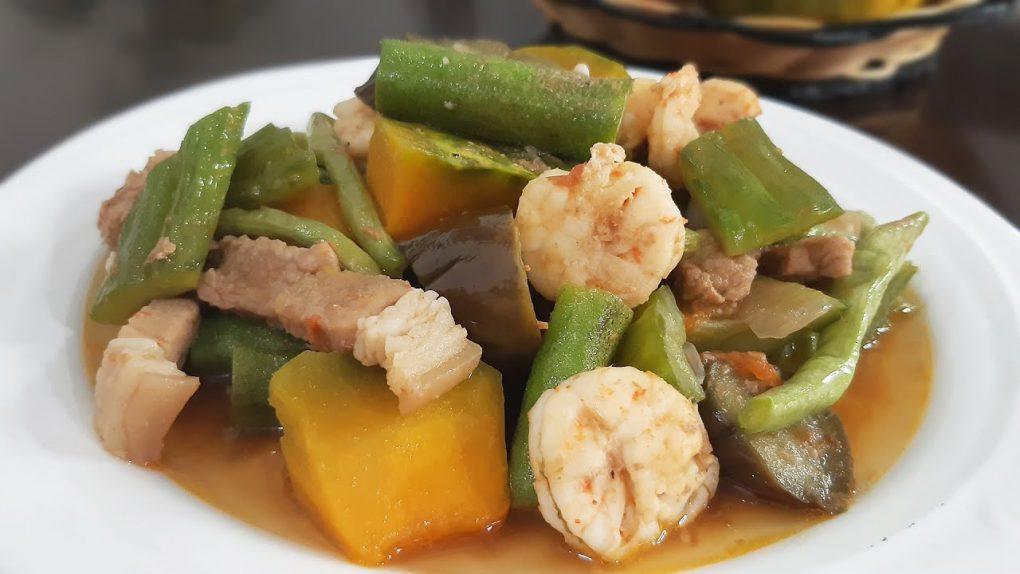 Filipino Recipe #15: Pinakbet for a Healthy Vegetable Recipe