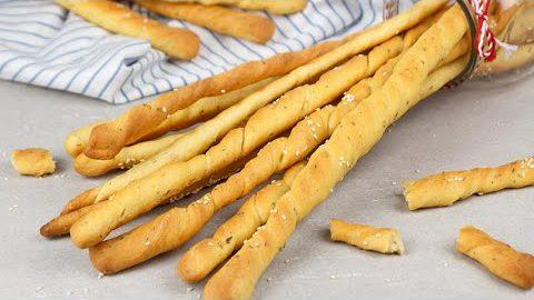 Breadsticks (grissini recipe): the best idea for a fragrant appetizer!