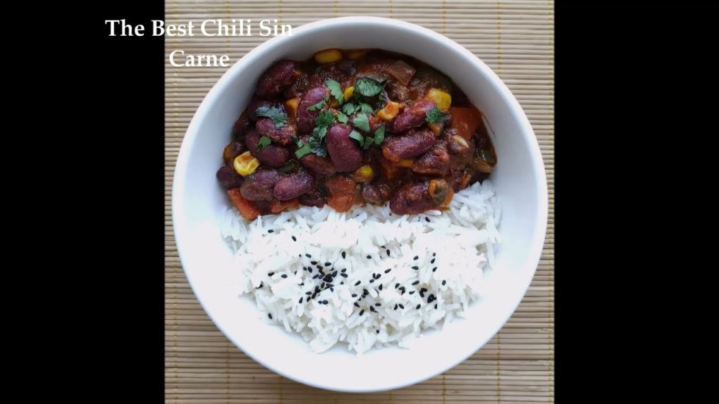 Mouthwatering Vegan Chili Sin Carne Recipe. Easy & Healthy. Plant-based diet.