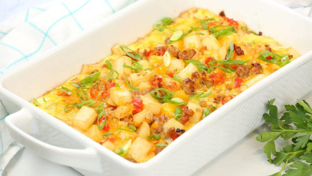 Easy Breakfast Casserole   Delicious Weekend Brunch Recipe!